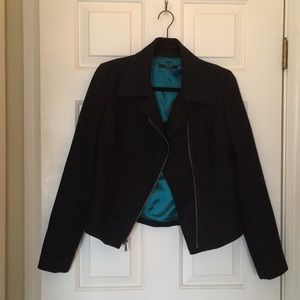 Asymmetrical Zip up Blazer